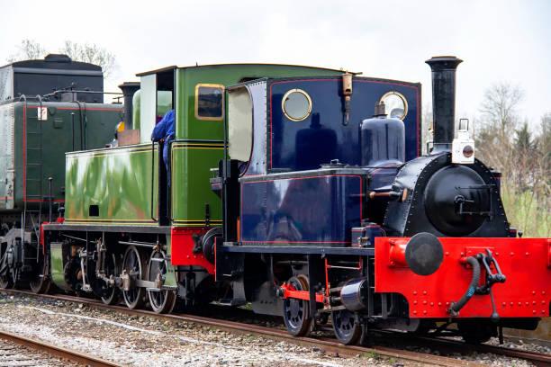 Locomotive à vapeur ancienne, Picardie. France Prise de vue de locomotive à vapeur utilisée en France jusqu'aux années 1950 mais reste employée pour des trains touristiques au zoom 18/135, 200 iso, f 6.3, 1/80 seconde somme stock pictures, royalty-free photos & images