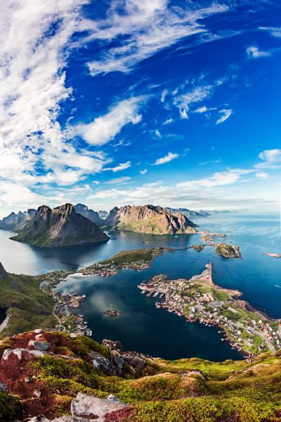 Lofoten é um arquipélago no Condado de Nordland, Noruega. - foto de acervo