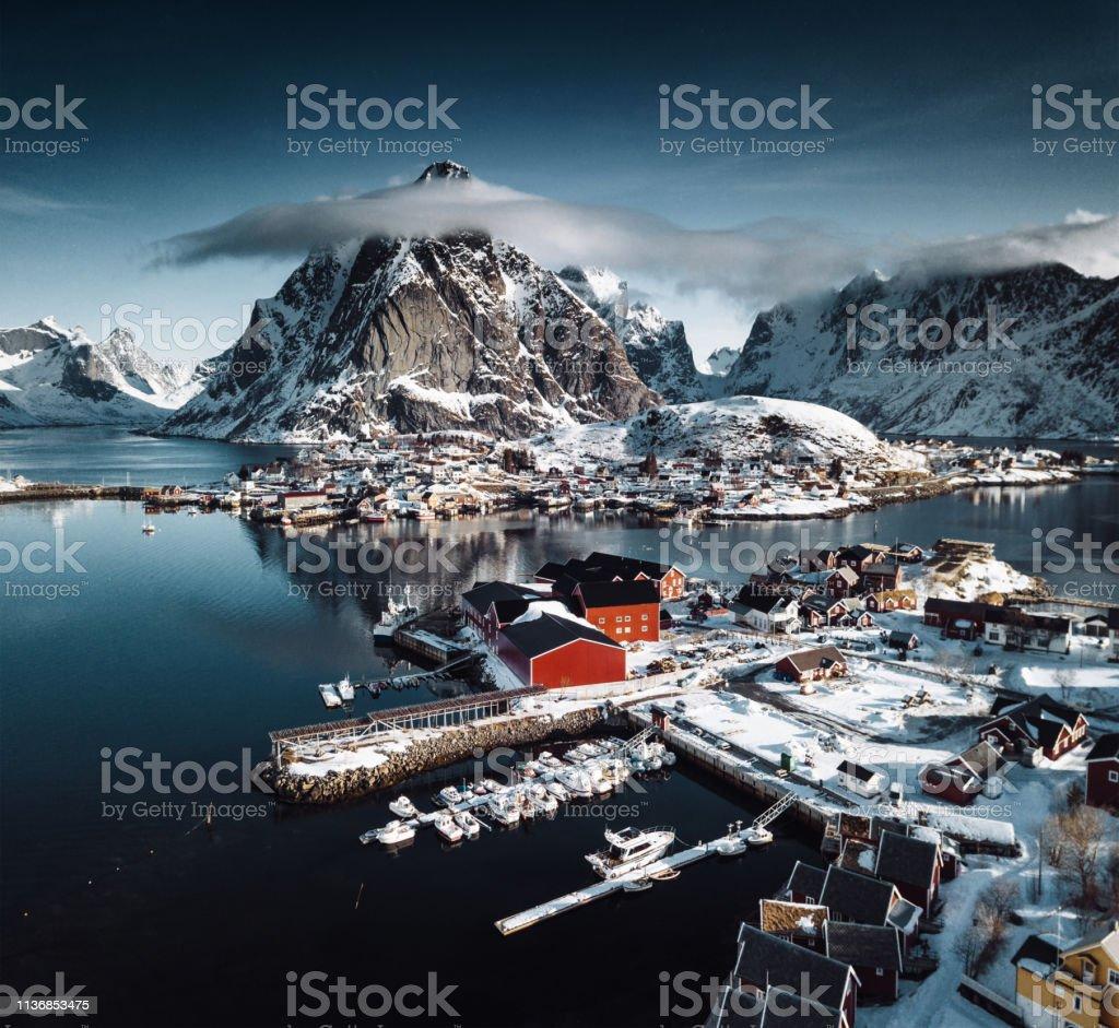 Blockhütte in Reine-Lofoten Inseln – Foto