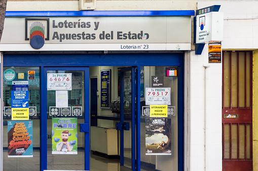 Logo and facade of Loterías y Apuestas del Estado