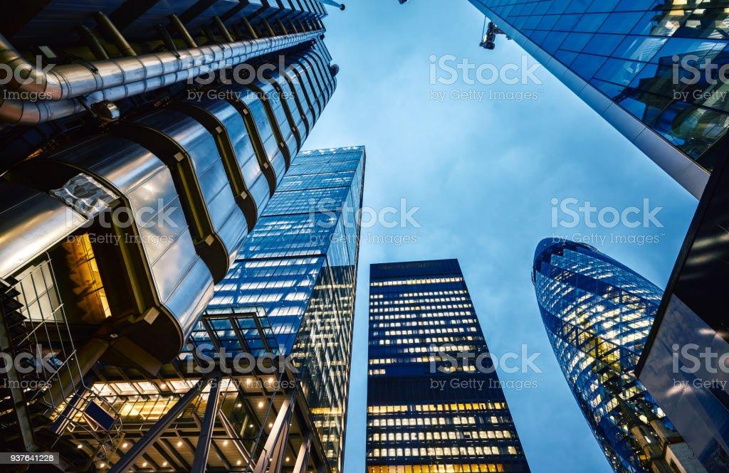 London-Architektur bei Nacht – Foto