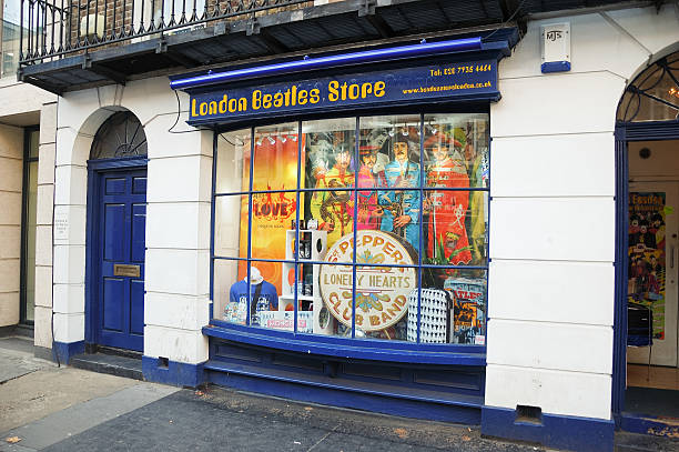 london beatles store - beatles band stock-fotos und bilder
