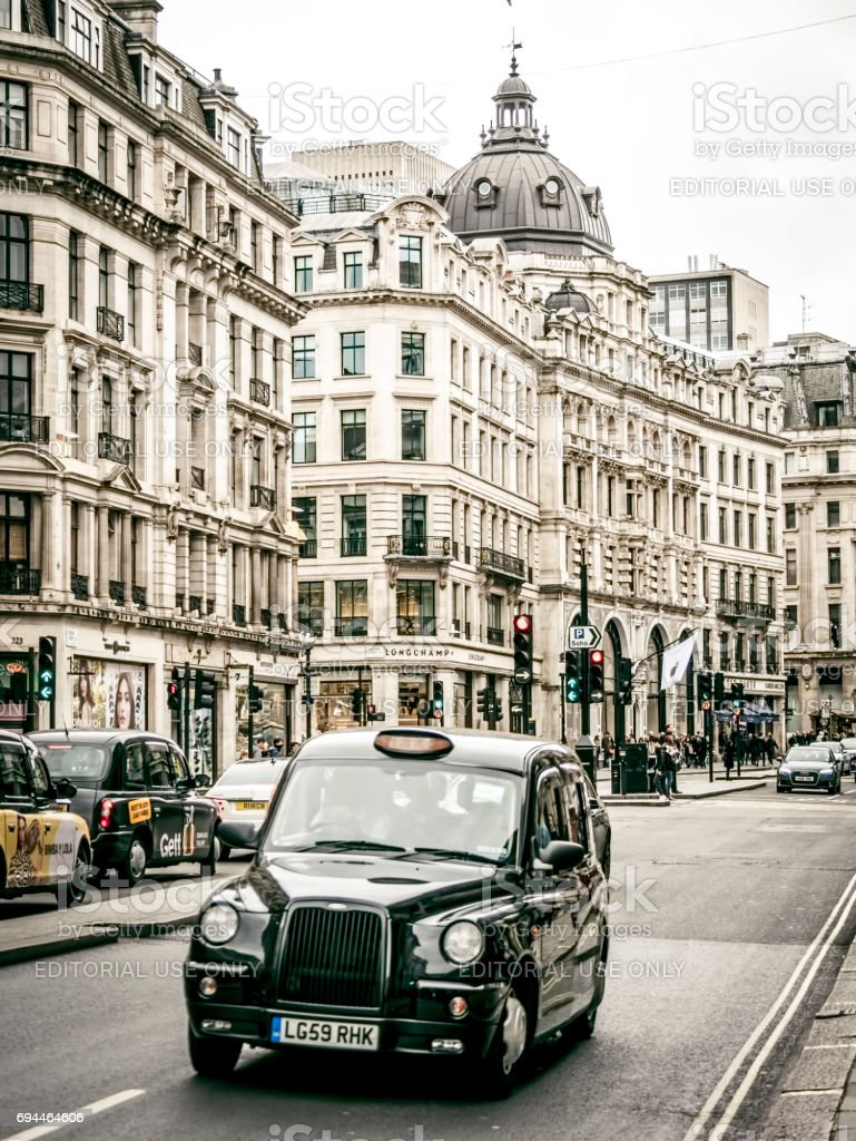 London black taxis in Oxford street stock photo
