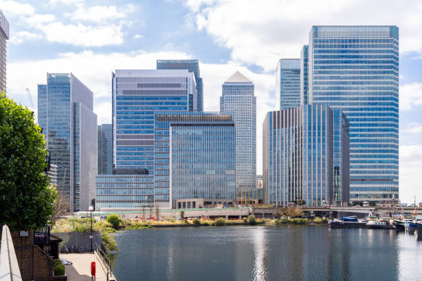 london canary wharf - canary wharf stock-fotos und bilder