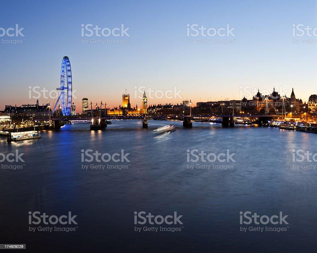 London - Hungerford Bridge royalty-free stock photo