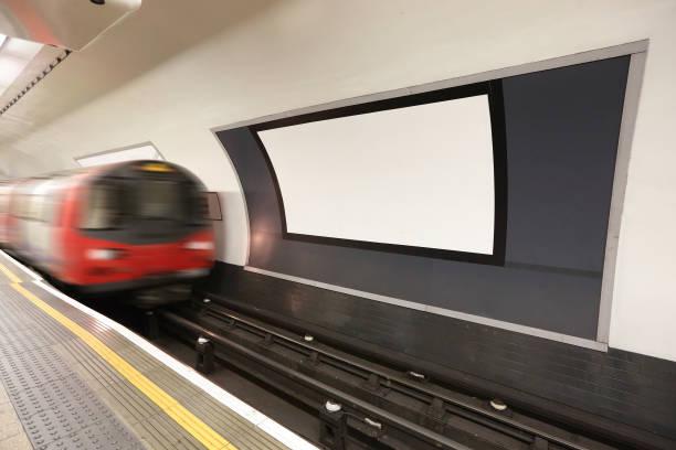 london metro railway platform metro railway platform and copyspace in the london underground stock pictures, royalty-free photos & images