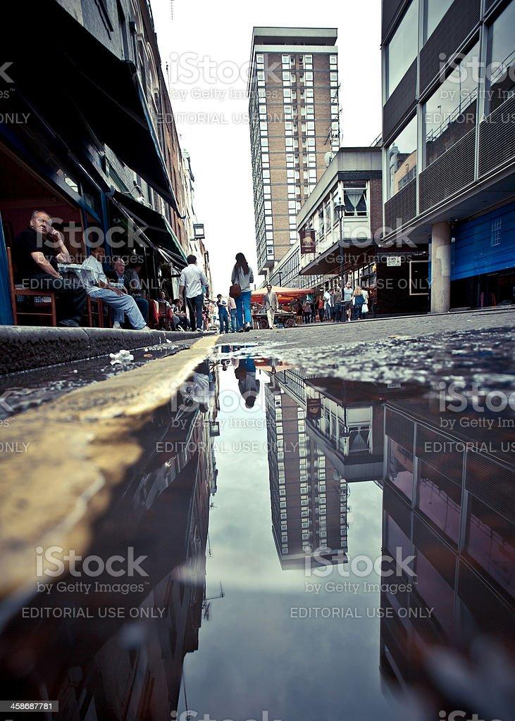 London reflections. – Foto