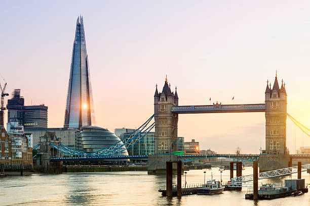 london, shard london bridge and tower bridge at sunset - shard london bridge stockfoto's en -beelden