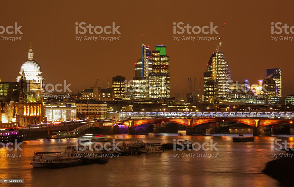 London skyline bei Nacht  Lizenzfreies stock-foto