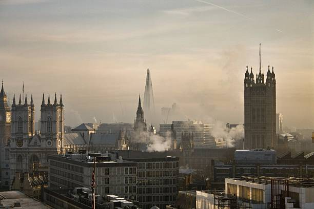 london skyline on a fresh morning - air pollution stock pictures, royalty-free photos & images