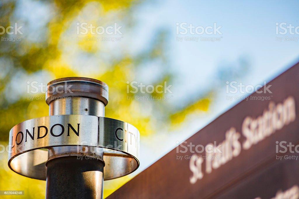 London St Paul's Station sign stock photo