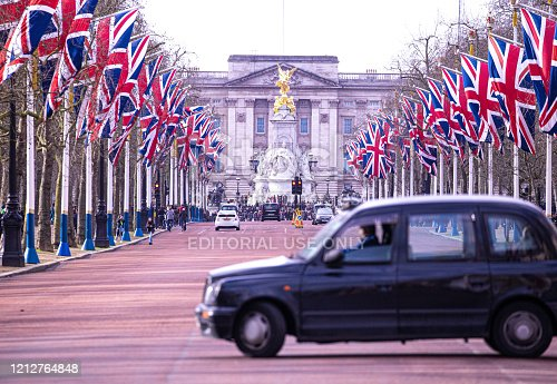 1st February, 2020 - London taxi cab just about to turn down The Mall towards Buckingham Palace in Westminster, Central London.