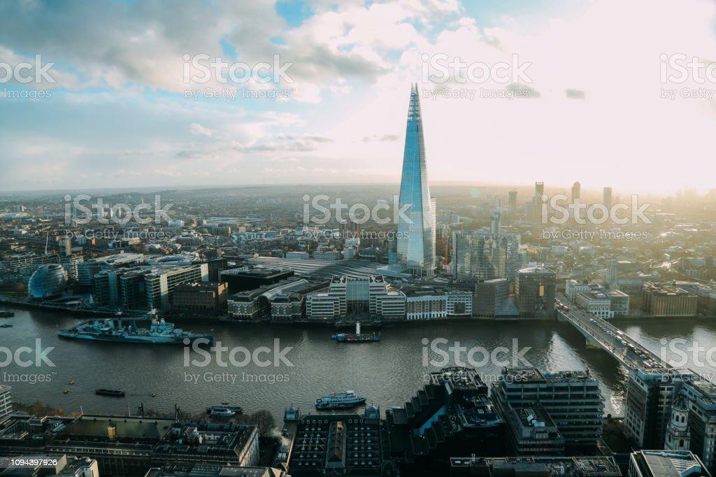 London das Shard moderne Bürogebäude Finanzviertel Wolkenkratzer Luftbild – Foto