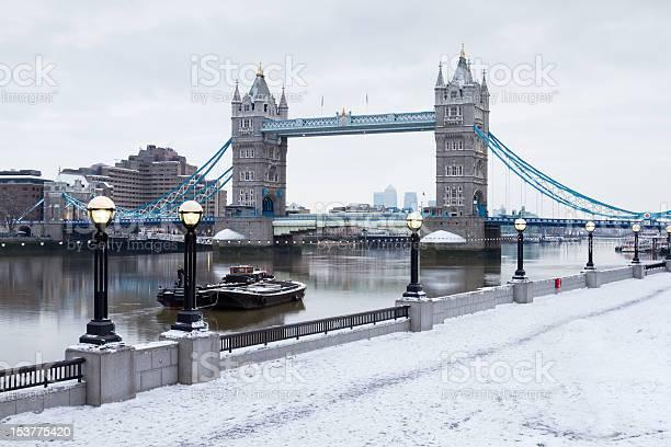 London Tower Bridge Im Schnee Stockfoto und mehr Bilder von Anlegestelle