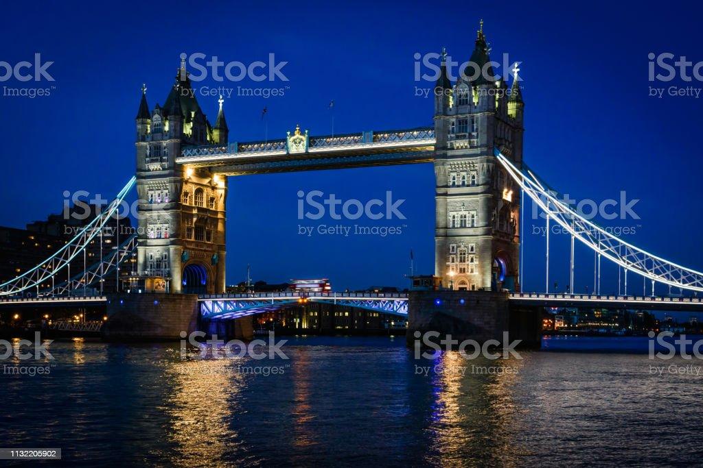 London Tower-bron bildbanksfoto