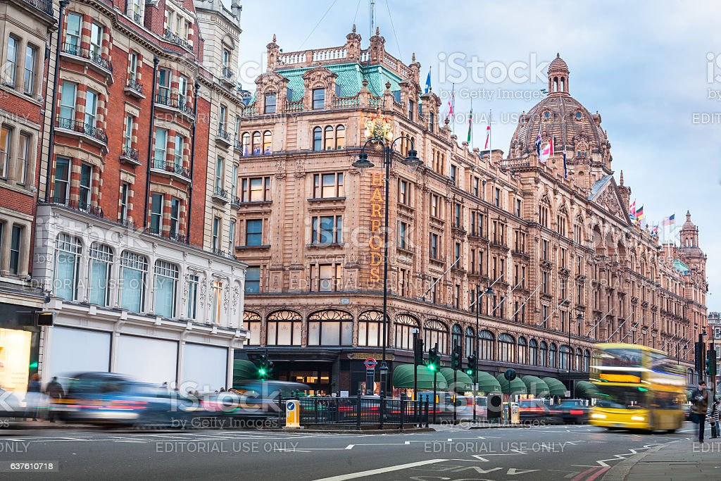 London traffic opposite Harrods building stock photo