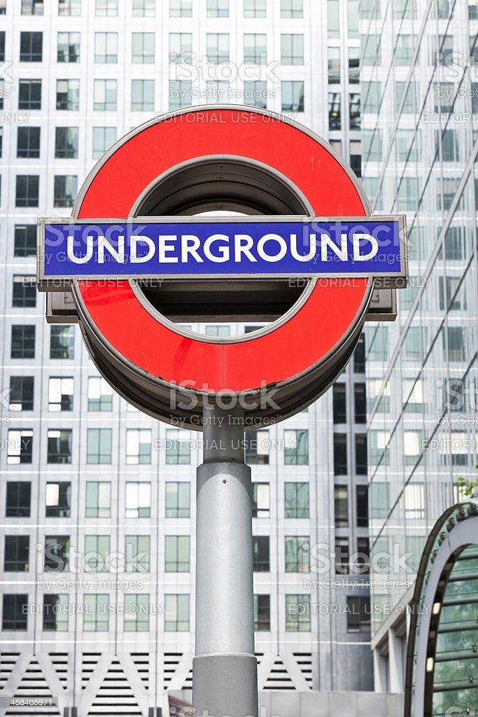 London Underground berühmte Schild in Canary Wharf – Foto