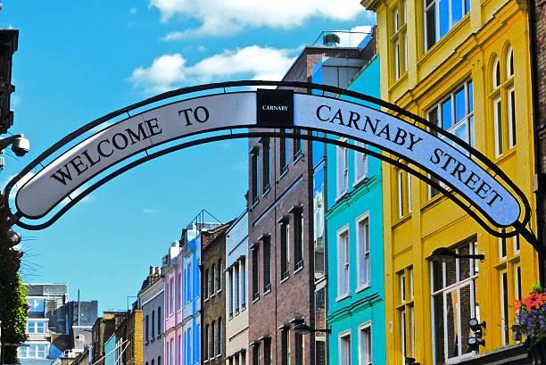 Londres - Carnaby Street Célèbre rue Carnaby Street carnaby street stock pictures, royalty-free photos & images