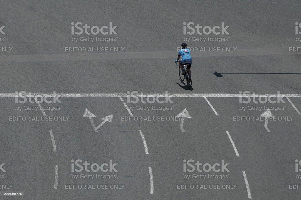solo ciclista - Foto de stock de Abstracto libre de derechos