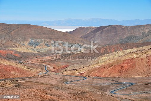 istock Lonely road from Purmamarca to salinas grandes high up in the andes, Jujuy, Salta, Argentina 938535702