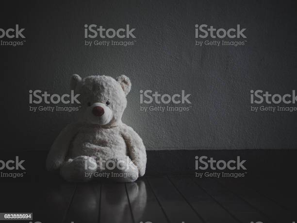 Lonely teddy bear sitting in the dark room picture id683888694?b=1&k=6&m=683888694&s=612x612&h=g9fmvotcd6tm3skmdezlmoqgouelhuq 2j1wi9xg8jc=