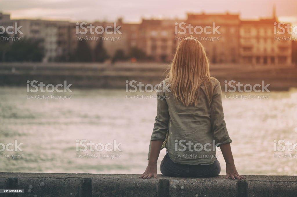Einsame Frau – Foto