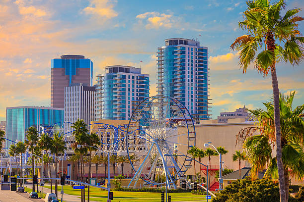 Long Beach downtown, CA Long Beach downtown district known as The Pike and historic Ferris Wheel , CA long beach california stock pictures, royalty-free photos & images