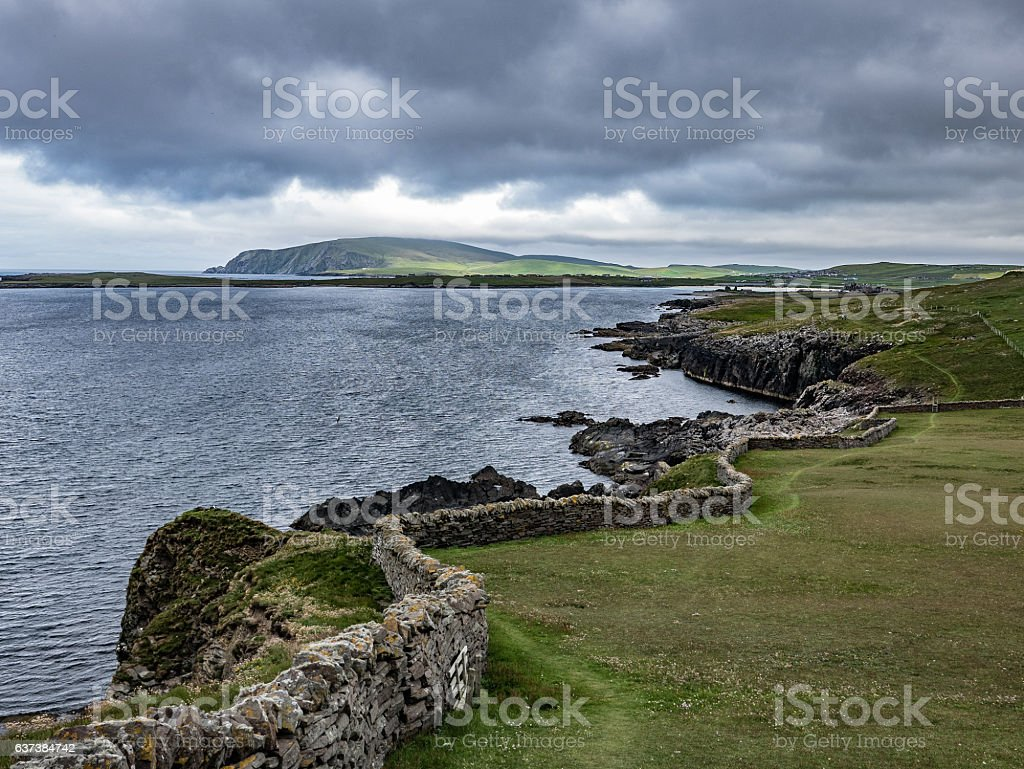 Long Stone Wall, Sumburgh Head, Shetland stock photo