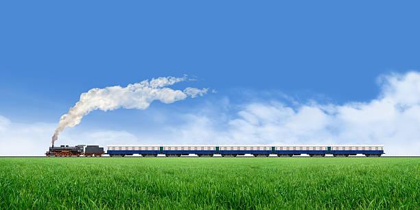 lange zug laufen - lokomotive stock-fotos und bilder