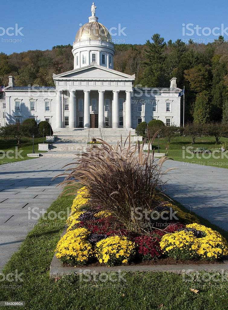 Long view of the Vermont Statehouse in autumn stock photo