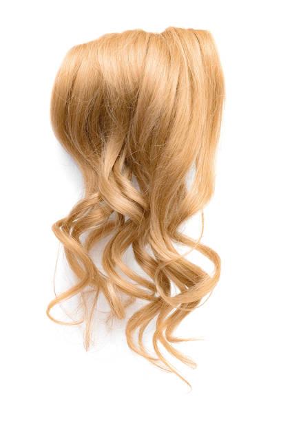 흰색 배경에 고립 된 긴 물결 모양의 금발 머리 - 가발 뉴스 사진 이미지