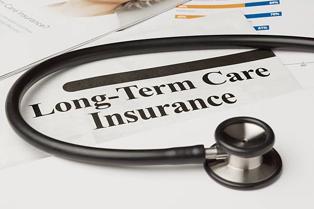 a longo prazo apólice de seguro de atendimento - longo - fotografias e filmes do acervo