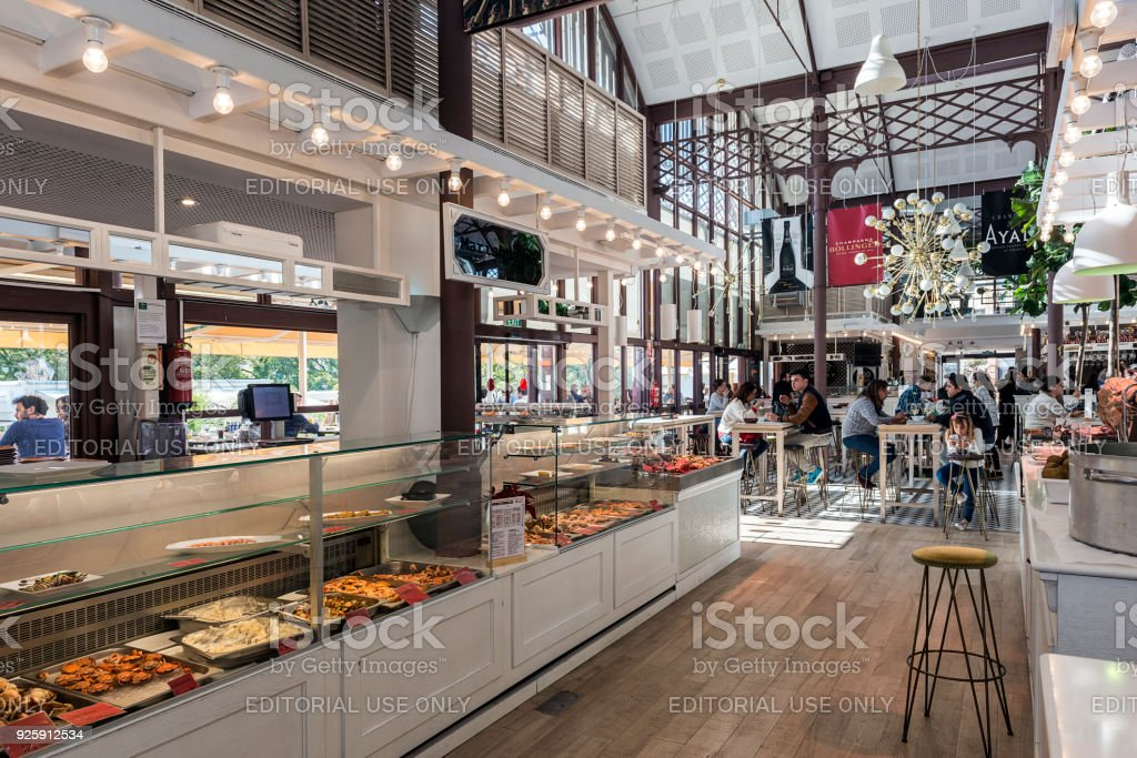Mercado Lonja del Barranco in Sevilla – Foto