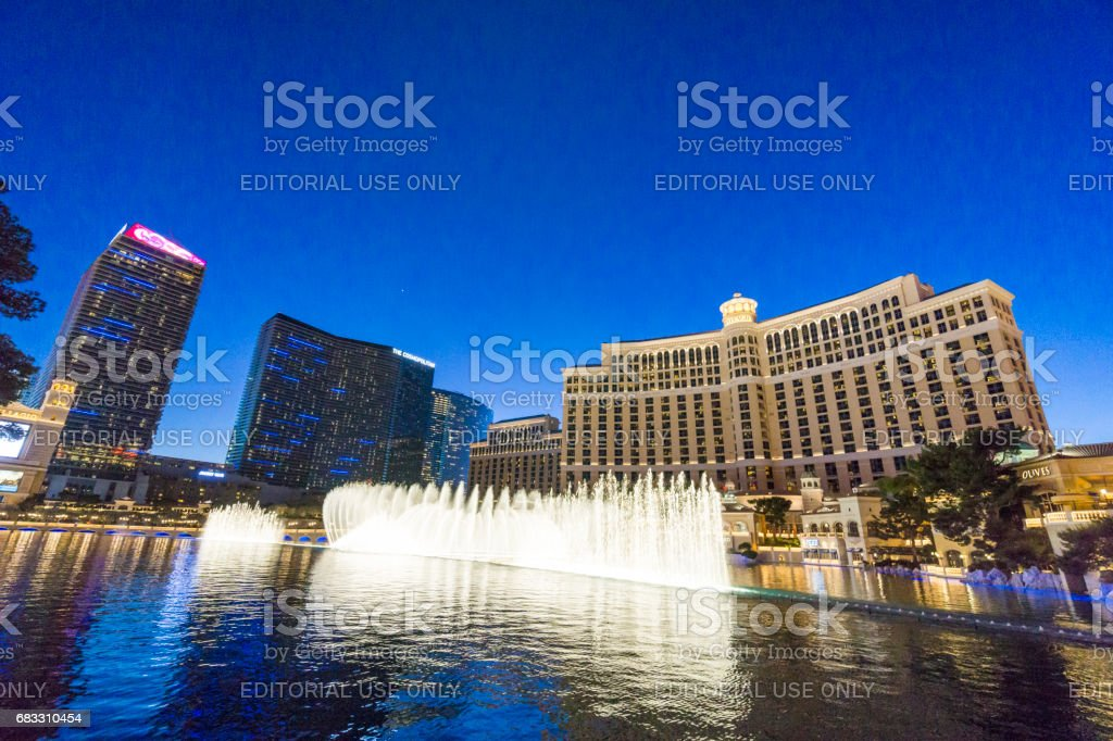 A look at one of Las Vegas landmarks, the Bellagio Hotel fountain show. foto stock royalty-free