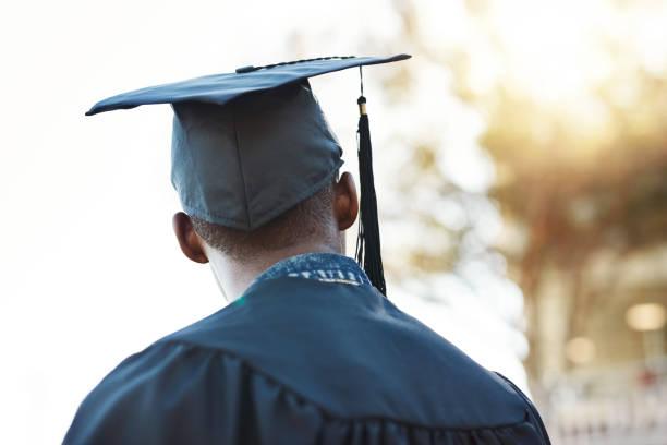 i look forward to the future - graduation imagens e fotografias de stock