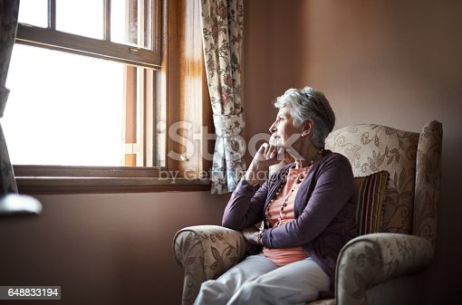 istock Looking back on the years that passed by 648833194