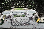 istock Looking down from the Eifel Tower 987034550