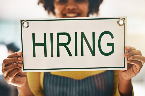 letar du efter ett jobb? vi vill gärna höra från dig - new job bildbanksfoton och bilder