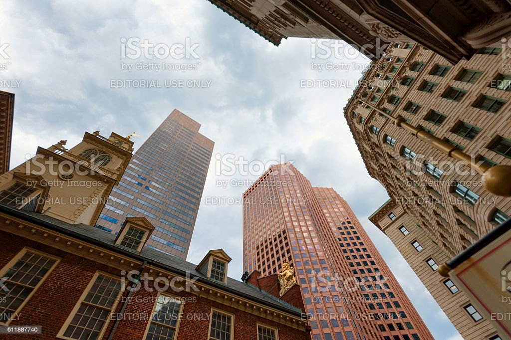 Looking up at Boston Skyscrapers Lizenzfreies stock-foto