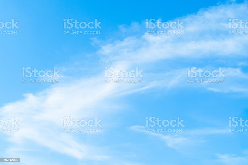 Looking up at Nice Light blue sky with cloud photo libre de droits