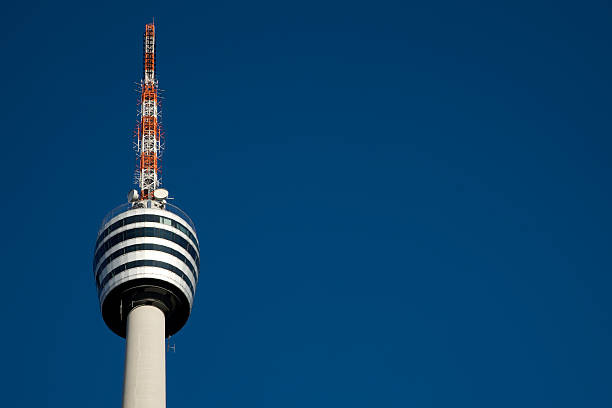 lookout tv tower detail stuttgart, deutschland - berliner fernsehturm stock-fotos und bilder