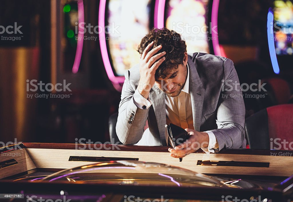 Loosing en el Casino - foto de stock