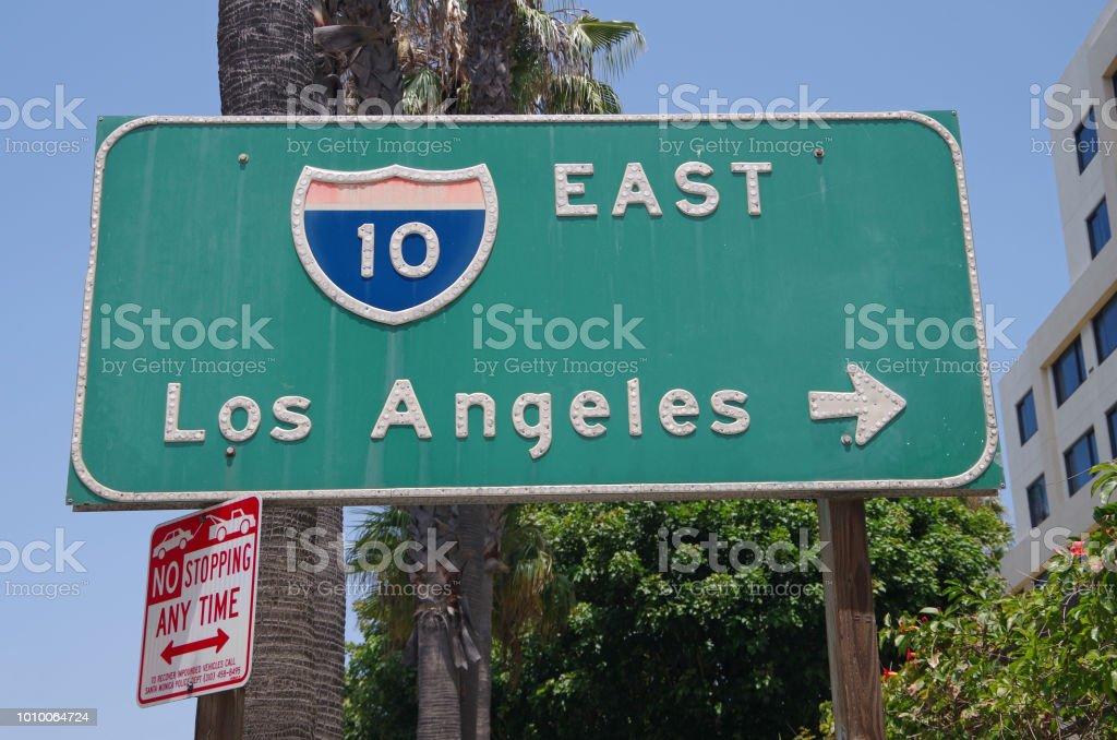Signo de la Interestatal 10 East de los Angeles California foto de stock libre de derechos