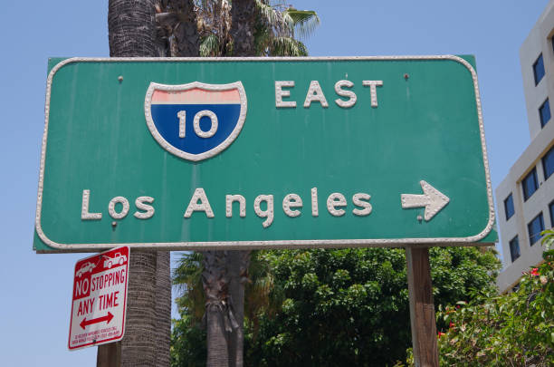 los angeles california interstate 10 east sign - est foto e immagini stock