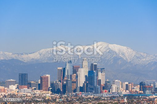 istock Los Angeles from Kenneth Hahn State Recreation Area 1217332751