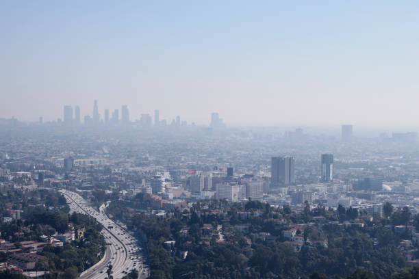 los angeles skyline - air pollution stock pictures, royalty-free photos & images
