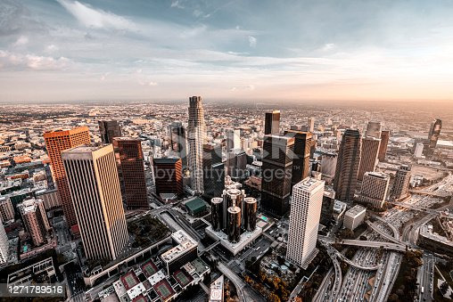 istock Los Angeles Skyline 1271789516