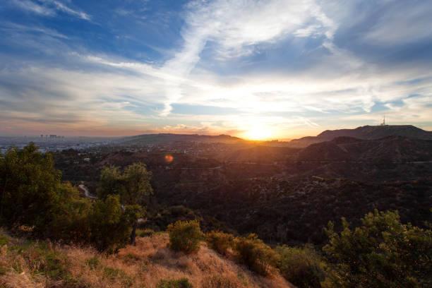 Los Ángeles, desde Griffith Park en Hollywood hills al atardecer, sur de California, Estados Unidos de América - foto de stock