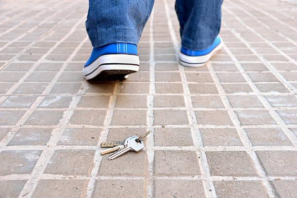 losing my keys - foto de acervo