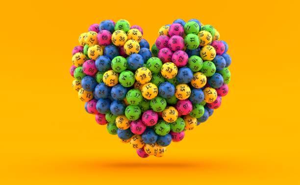 Lotteriebälle in Herzform – Foto